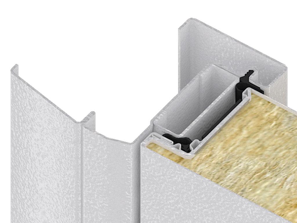 Эластичный и долговечный уплотнитель специальной формы из термоэластопласта не деформируется при колебаниях температур (прослужит более 10 лет)