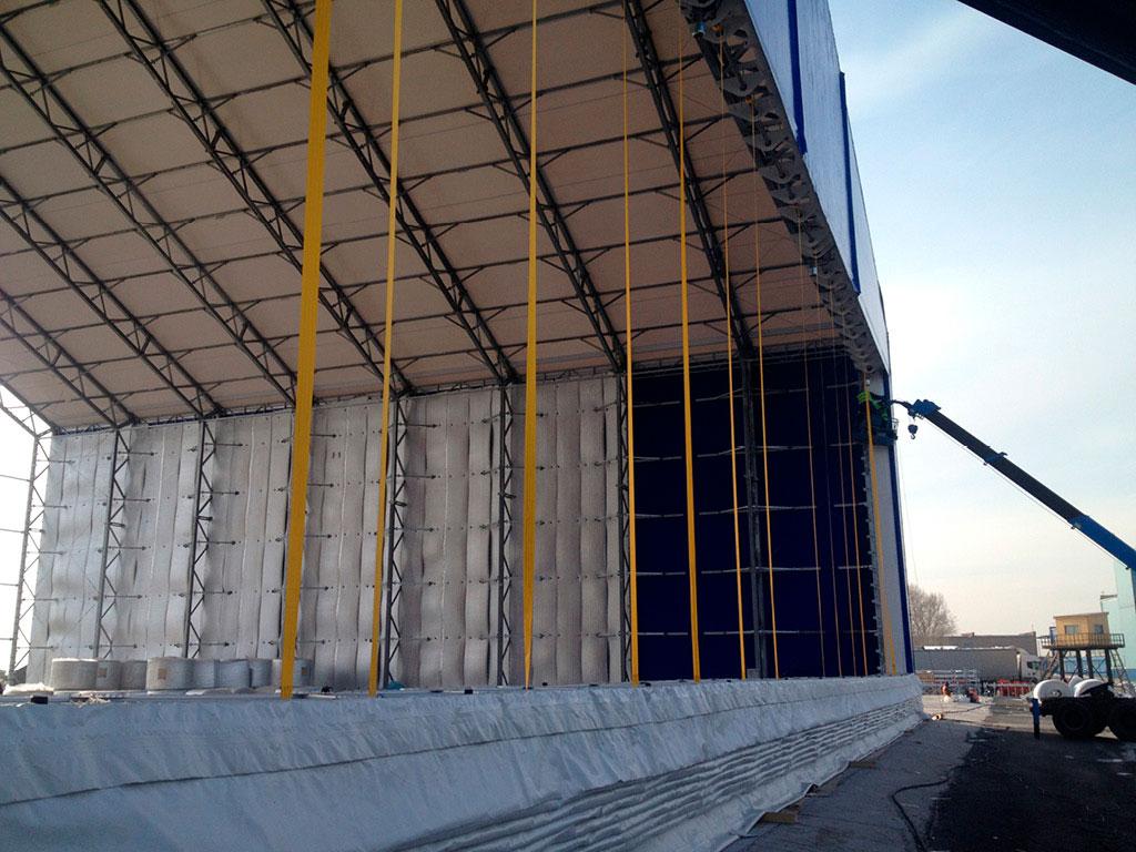 Для открывания/закрывания полотна ворот предусмотрены стропы. Один конец стропа крепится на барабане, другой — через узел подвески на нижней балке. ДорХан