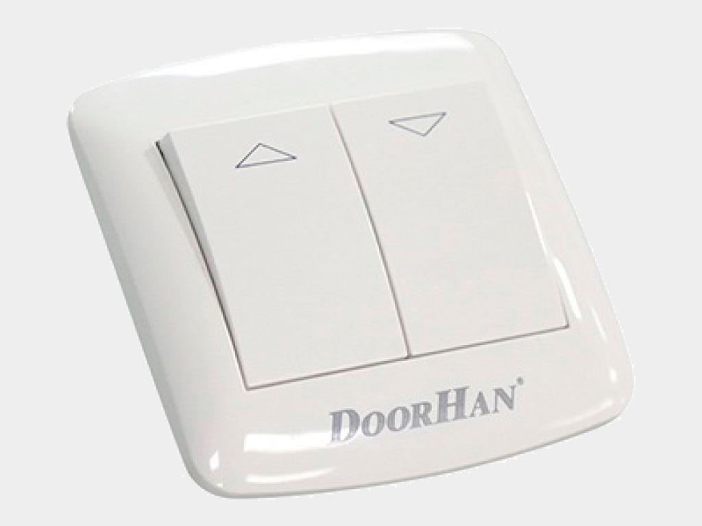 Клавишный двухпозиционный выключатель встраиваемый для управления приводом в обе стороны движения с защитой от одновременного нажатия двух клавиш ДорХан