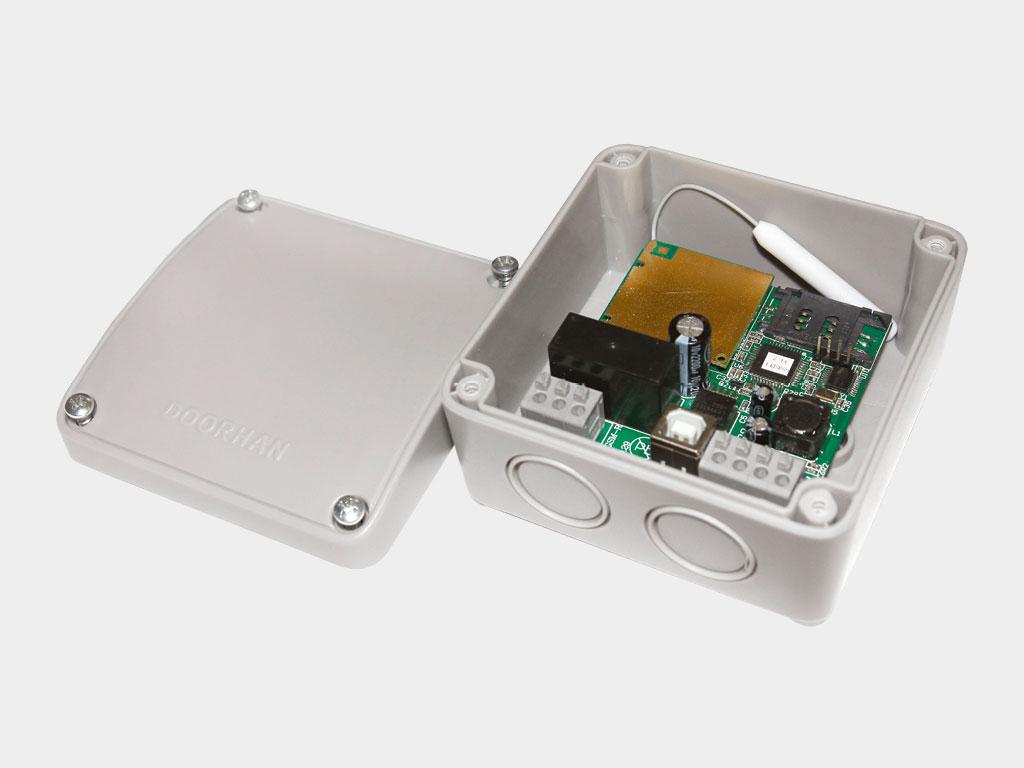 Блок группового управления GC2/GC4. GC2 для управления двумя приводами с одного выключателя; блок GC4 — для управления четырьмя приводами ДорХан